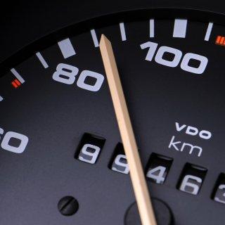 Der Wagen fuhr doppelt so schnell wie erlaubt. (Symbolbild)