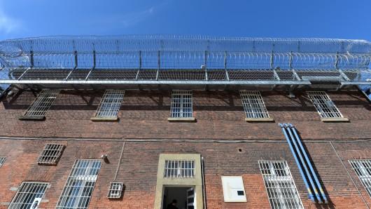 Der 27-Jährige saß im Gefängnis Lingen - und hatte 50 Freigänge ohne Zwischenfälle absolviert. Beim 51. geschah dann das Unfassbare.