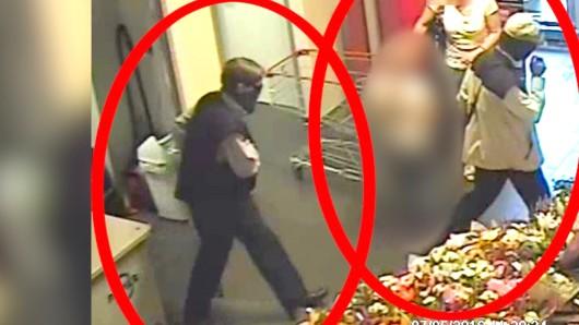 Die Bilder einer Überwachungskamera zeigen nach Überzeugung der Ermittler die drei Ex-RAF-Terroristen Burkhard Garweg (r.) und Ernst-Volker Straub bei einem Überfall am 7. Mai 2016 in Hildesheim.