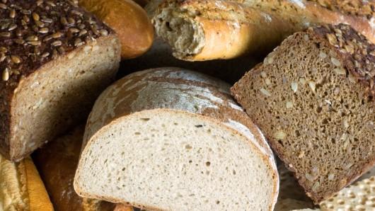 Die Landeskirche Braunschweig bietet Brot für den guten Zweck an (Archivbild).