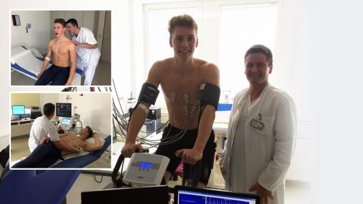 Herzog Moritz Bothe mit Oberarzt Michael Brandl beim Ergometer-Test.
