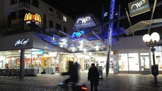 Sorgenkind in der Braunschweiger City: Der 1982 eröffnete Welfenhof leidet unter zunehmendem Leerstand. Jetzt gibt es einen ersten Pop-Up-Store dort. (Archivbild)