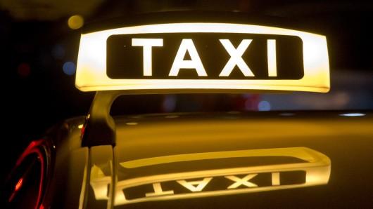 Am Mittwochabend hat der Rat von Salzgitter höhere Taxi-Tarife genehmigt - sie gelten schon ab dem 1. Dezember (Symbolbild).