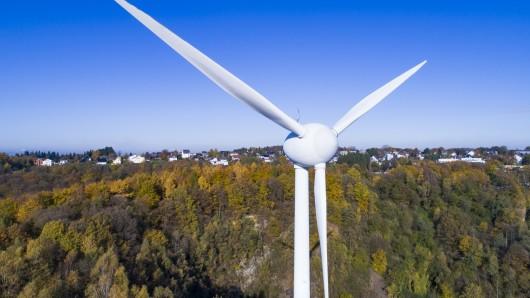 207 Meter hoch würde die geplante Windkraftanlage bei Ehmen-Mörse. Der Ortsrat sagt Nein (Symbolfoto).