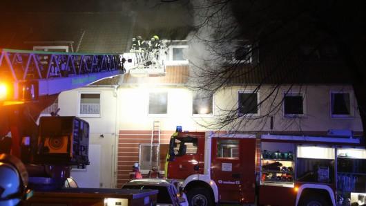 In diesem Haus in Thiede ist es am Samstagabend zu einem Wohnungsbrand gekommen.
