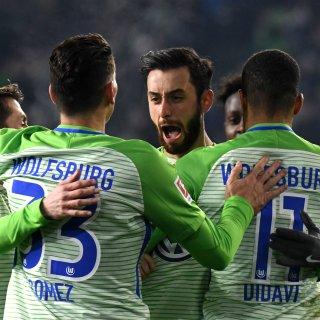 Jubel bei den Wolfsburgern: Yunus Malli (m) schoss das 1:0, Didavi (r.) erhöhte auf 2:0.