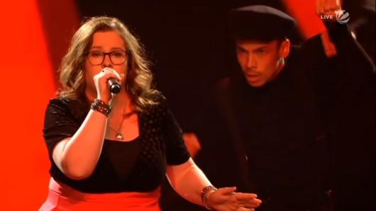 Meike Hammerschmidt bei ihrem rockigen Auftritt mit The Pretender.