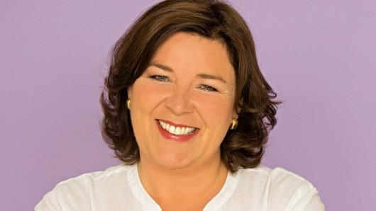 Fernsehmoderatoin Vera Int-Veen (Schwiegertochter gesucht) engagiert sich ab sofort als Botschafterin für den Peiner Verein Lila Hoffnung.