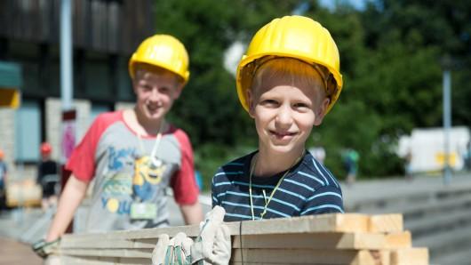 Die Grundschule Waggum soll für den Ganztagsbetrieb einen Anbau erhalten. Unterrichtet wird dann in Containern (Symbolbild).