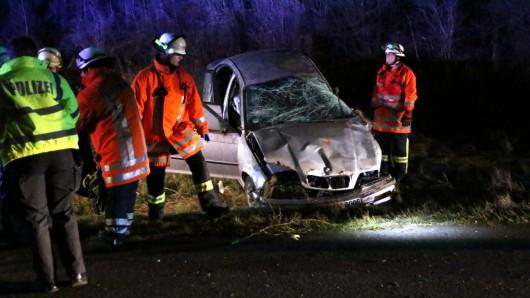 Der BMW wurde bei dem Unfall völlig zerstört.