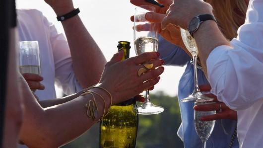 Beim Seefest in Vienenburg ist offenbar viel Alkohol geflossen. (Symbolbild)