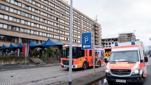 In diesem früheren Hotel in Hannover ist es am Samstag zu dem Brand gekommen.