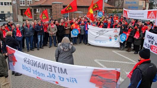 Begleitet wurde der Warnstreik in Braunschweig von weiteren Betrieben der Metall- und Elektroindustrie, sowie Volkswagen.
