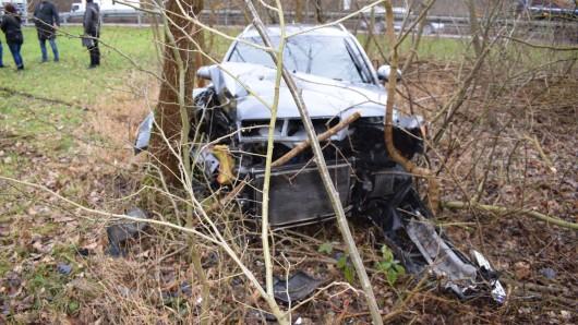 Die Airbags des Autos lösten beim Aufprall aus.