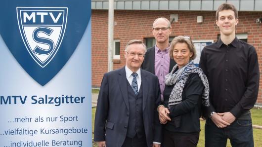 Günter Distelrath Ehrenvorsitzender, Michael Zeller 2.Vorsitzender Verwaltung, Anja Wolfgram-Funke, 1.Vorsitzende MTV Salzgitter und Matti Baltzer,  2.Vorsitzender der Abteilung Sport.