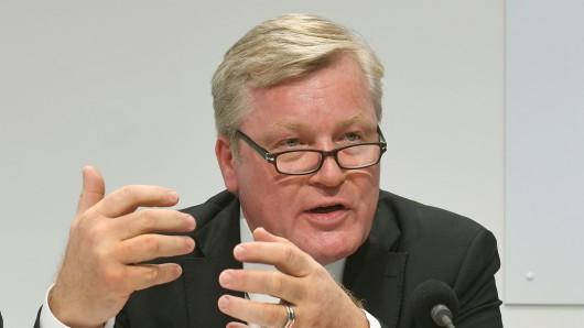 Wirtschaftsminister Bernd Althusmann (CDU) sieht auch in Niedersachsen Potenzial für Ankerzentren (Symbolbild).