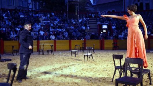 Im Jahr 2003 debütierte das Burgplatz Openair des Staatstheaters Braunschweig mit Carmen (unser Foto) - 15 Jahre später will das Theater den damaligen Erfolg wiederholen.