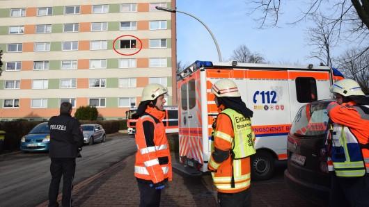 In einer Wohnung im vierten Obergeschoss eines Neungeschossers in Melverode haben zwei Männer ihr Essen anbrennen lassen - und damit einen Feuerwehr- und Polizeieinsatz ausgelöst.