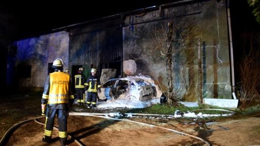 Nach einer halben Stunde hatten die Einsatzkräfte das Feuer unter Kontrolle.