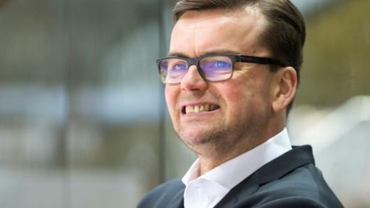 Pekka Tirkkonen tritt die Nachfolge von Pavel Gross an.