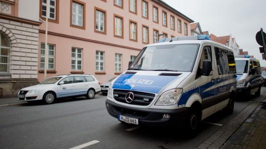 Vor dem Oberlandesgericht Celle mussten sich Ende 2015 bereits zwei ehemalige Mitglieder der Wolfsburger IS-Zelle verantworten (Arfchivbild).