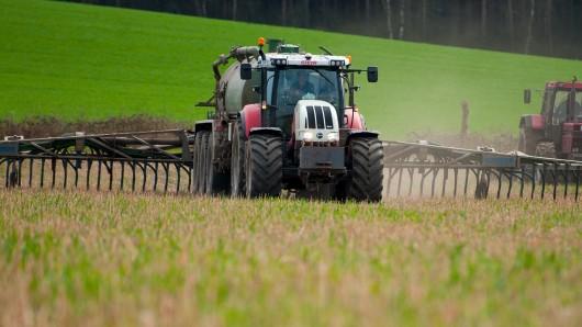 Die Bauern beschweren sich über zu viel Bürokratie bei der Dungeverordnung (Symbolbild).
