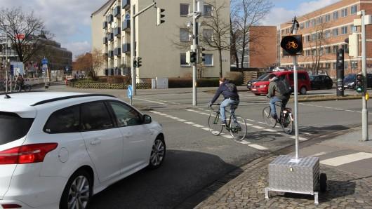 Das Amber Light löst nur in kritischen Situationen aus und macht so auf Radfahrer aufmerksam.