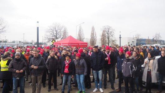 Jetzt reicht es der IG Metall: Sie hat die Beschäftigten der VW-Tochter IAV zum Streik aufgerufen (Symbolbild).