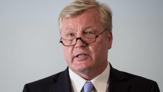 Bernd Althusmann (CDU), Wirtschaftsminister von Niedersachsen und Aufsichtsrat bei VW in Wolfsburg.