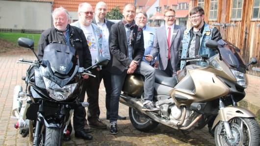 Die Stadt Salzgitter hat sich erneut mit den Bikern der Acm zusammen getan und die nun 31. Gedenkfahrt organisiert.