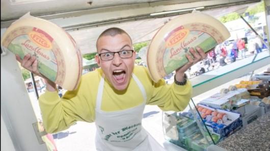 Wurst-Achim kommt nicht allein: Im Schlepptau hat er unter anderem Käse-Max.
