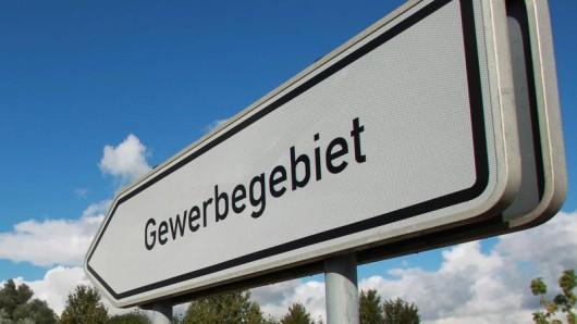 Die Mehrheit der Deutschen plädiert dafür, dass die Wirtschaft besser vor ausländischen Wettbewerbern geschützt werden sollte.