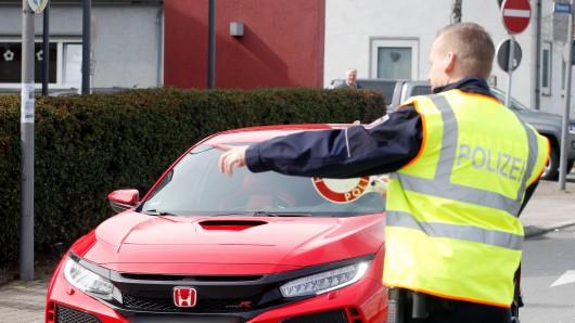 Die Polizei in Helmstedt überprüfte an drei Kontrollstellen