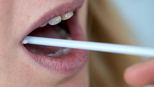 Nach Vorstellungen von Niedersachsens Justizministerin Barbara Havliza (CDU) sollen DNA-Tests das genaue Alter von Straftätern klären.