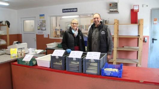 Im Hofladen von Familie Henniges wird der Spargel verkauft. Maximal drei Tage dauert es, bis der Stangen abverkauft sind.
