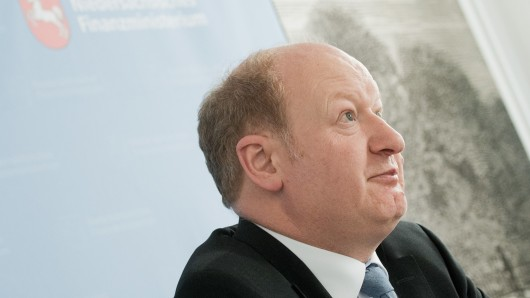 Mit dabei: Der Niedersächsische Finanzminister Reinhold Hilbers.