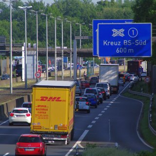 Wer aus Salzgitter in Richtung Braunschweig möchte, muss in der nächsten Woche einen Umweg fahren. (Symbolbild)