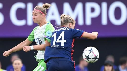 Alexandra Popp und der VfL Wolfsburg starten in der Champions League auf Island (Archivbild).