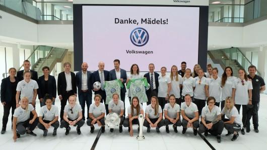 Am Montag wurden die VfL-Frauen im Markenhochhaus von Volkswagen geehrt.