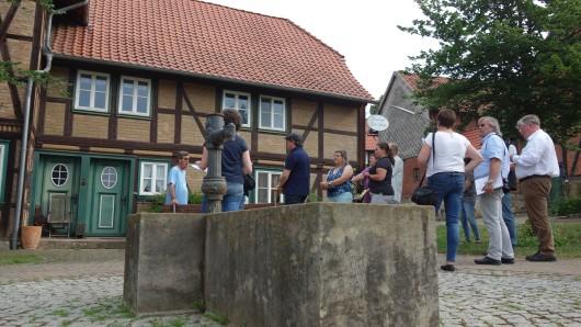 Die Jury begutachtete die acht teilnehmenden Dörfer im Braunschweiger Land - und schickten am Ende Winnigstedt, Räbke und Warberg ins Landesfinale.