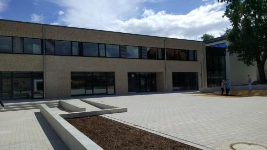 Die neue Grundschule in Stederdorf ist fertig.