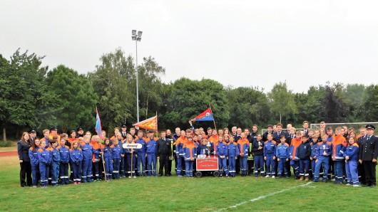 Die Gruppen aus dem Landkreis Wolfenbüttel beim Bezirkswettbewerb in Vöhrum.
