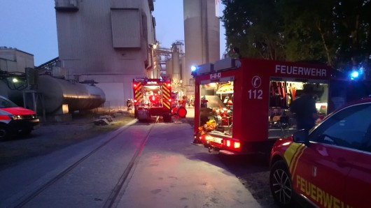 Erst nach mehr als drei Stunden hatten die Wehren das Feuer gelöscht.