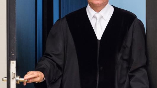 Niedersachsen hat in diesem Jahr 62 neue Stellen für Richter und Staatsanwälte geschaffen.