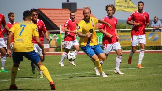 Der Test gegen den dänischen Bundesligisten Vejle BK ging unentschieden aus. (Archivbild)