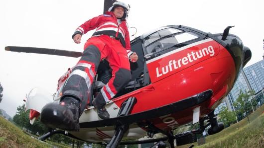 Der neue Rettungshubschrauber Christoph Niedersachsen ist am Mittwoch in Langenhagen in Dienst gestellt worden - er ist der einzige im ganzen Bundesland, der rund um die Uhr eingesetzt werden kann.