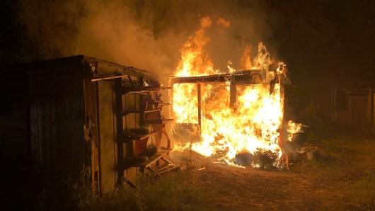 Der mutmaßliche Feuerteufel sitzt seit Mittwoch in Untersuchungshaft.