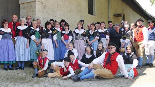 De Steinbekers feiern den Kartoffeltag am Sonntag an der Historischen Brauscheune.