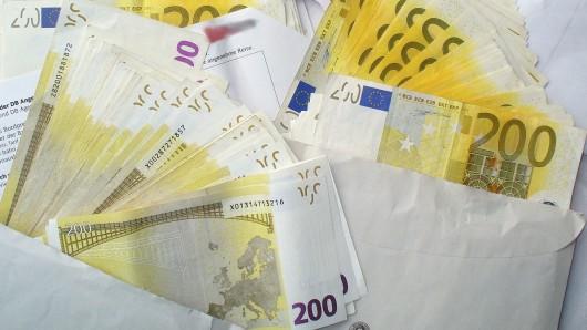 Ein anonymer Spender hat 100.000 Euro in der Redaktion der Wolfsburger Nachrichten abgegeben. (Symbolbild)