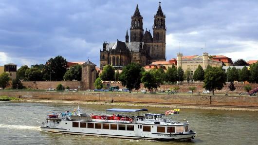 In der Elbe in Magdeburg wurde eine Bombe entdeckt. (Archivbild)